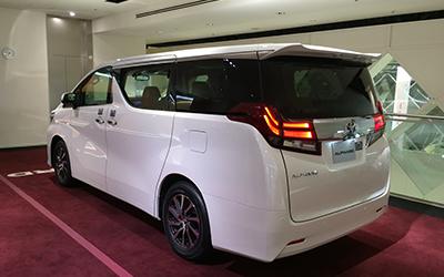 Toyota Alphard มือสอง (โตโยต้า อัลฟาร์ด มือสอง)